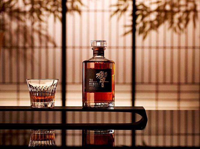 Hibiki 21 - Đỉnh cao pha trộn của Whisky