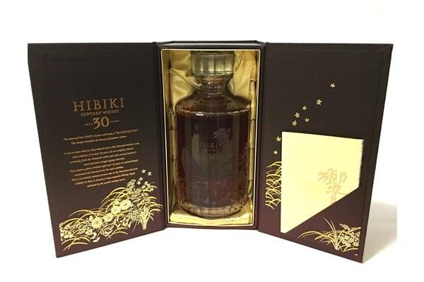 Rượu Hibiki Vàng 30 năm