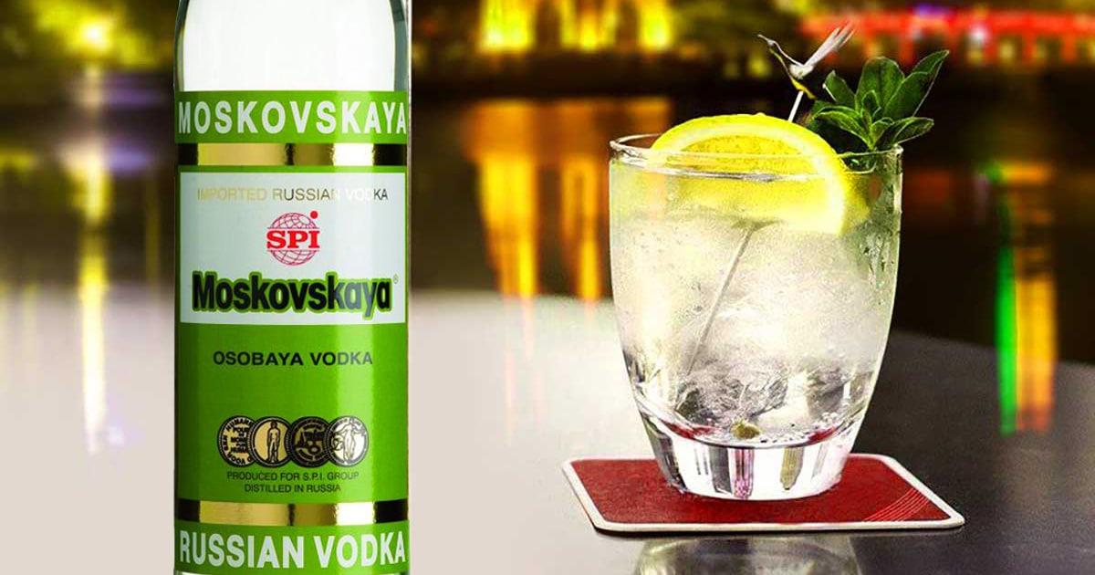 Vodka-Moskovskaya-va-Nha-hoa-hoc-vi-dai-Mendeleev-1