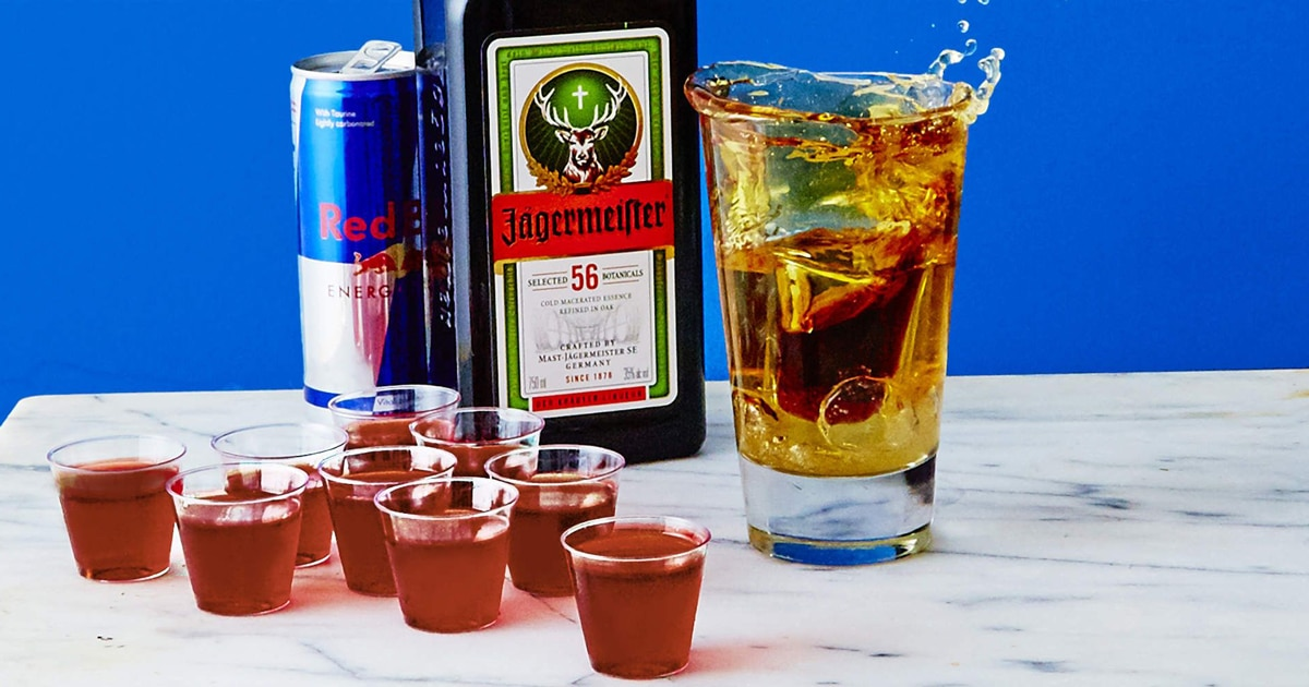 Thuong-thuc-ruou-Jagermeister-voi-cong-thuc-noi-tieng-Jager-Bomb