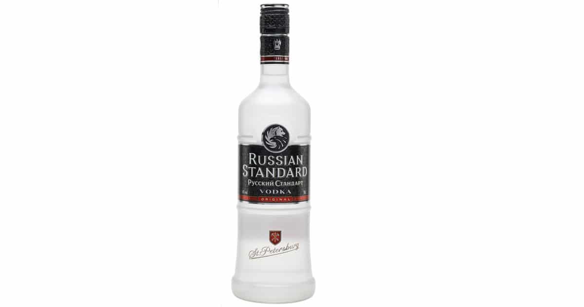 vi-the-ruou-vodka-russian-standard-tai-thi-truong-viet-nam