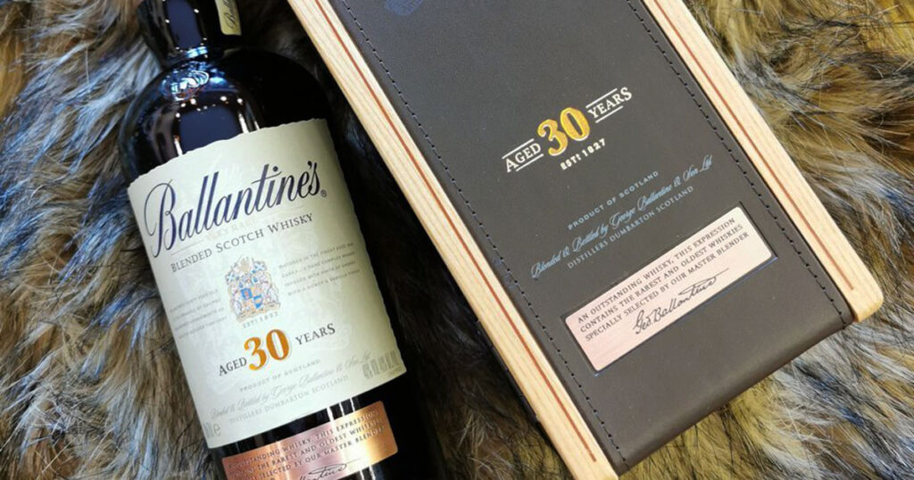 Ruou-Ballantines-30-dong-Whisky-tinh-te-cua-Scotland