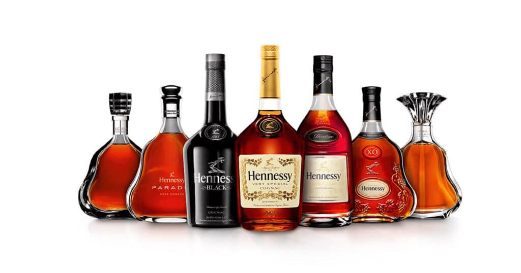Ruou-Hennessy-co-may-loai-o-Viet-Nam