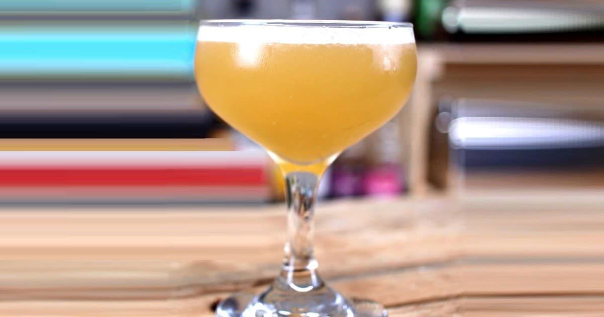 Sidecar-cong-thuc-pha-che-Hennessy-VSOP